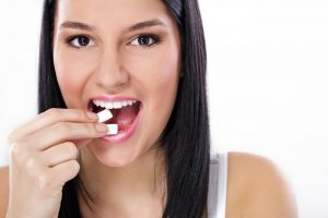 Benefits of Chewing Sugarless Gum Craving Sweets